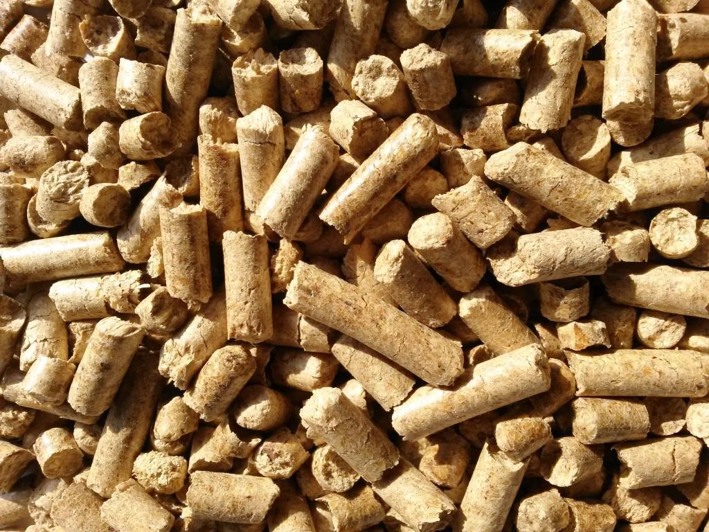 Large Wood Pellets ~ Wood pellets premium a high quality mt big bag ash